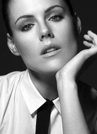 Image of Kathleen Robertson