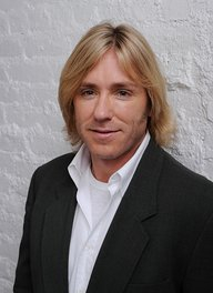 Image of Ron Eldard