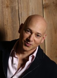 Image of Evan Handler